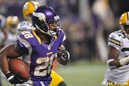 Top 10 NFL Running Backs of All Time